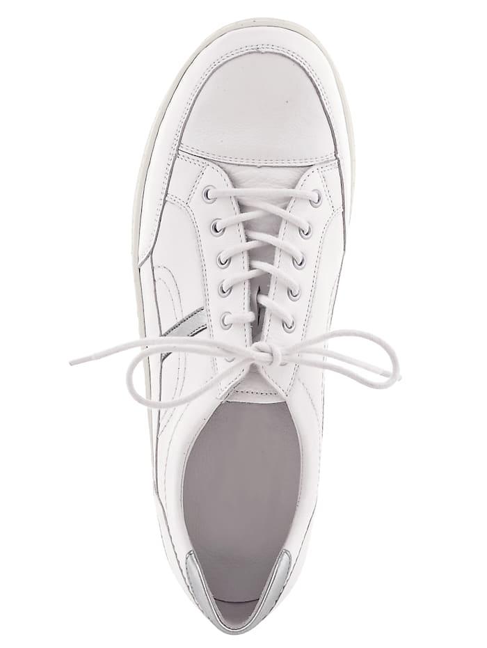 Šněrovací obuv ve skvělém vzhledu