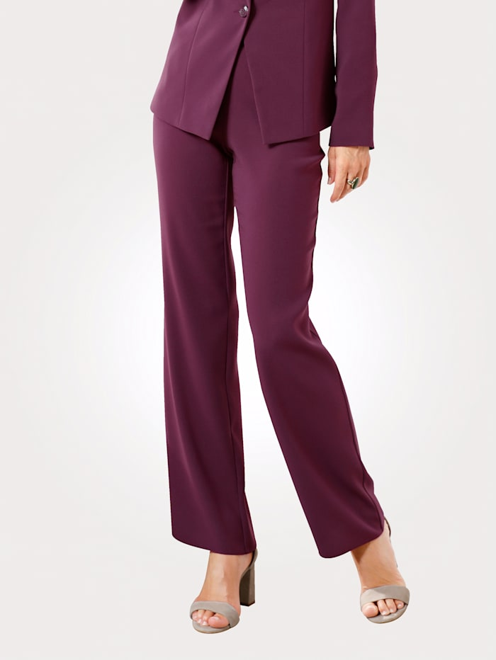 Trousers made from crêpe fabric