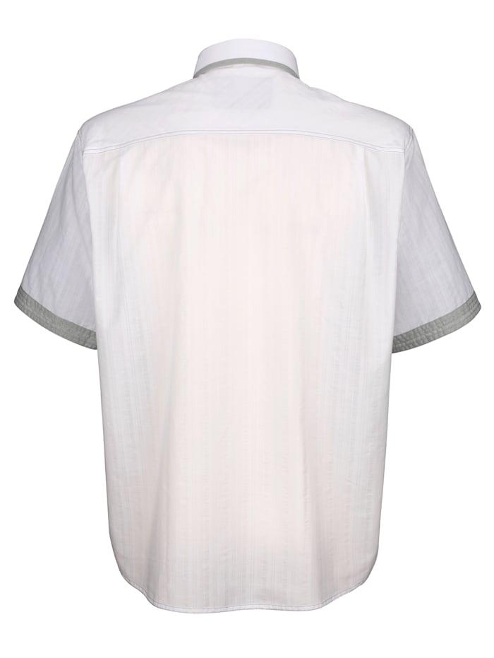 Overhemd van zomers licht materiaal