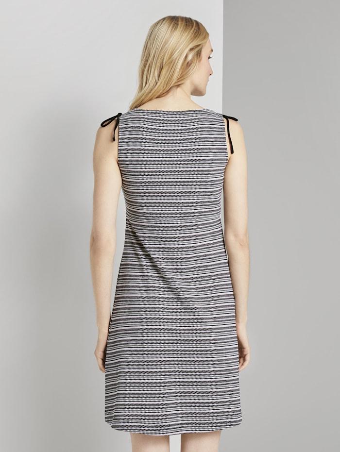 Kurzes Jerseykleid mit Musterung