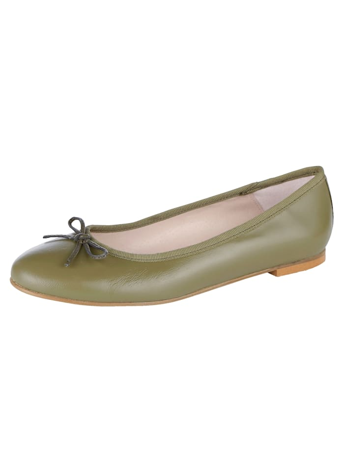 Ballet Court shoes made from soft Nappa leather, Khaki