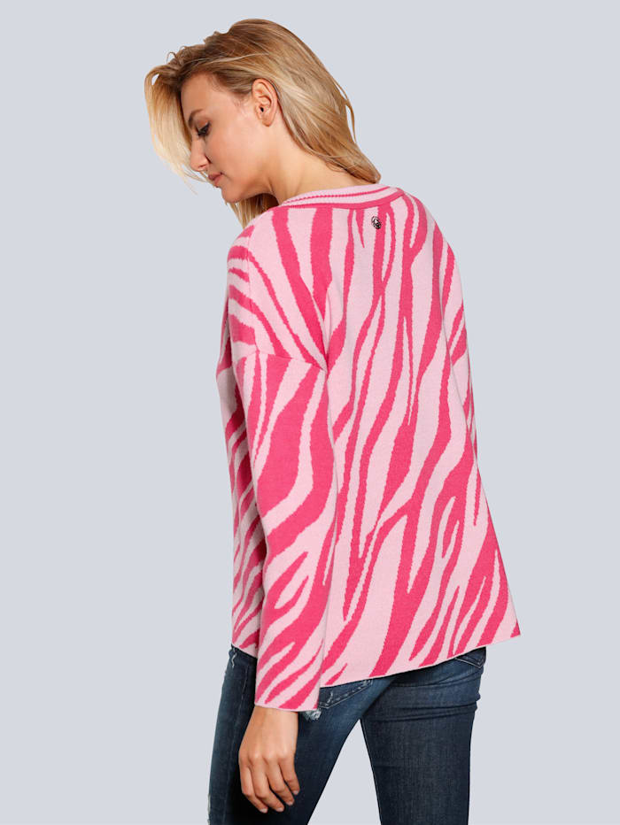 Pullover in lockerer Form