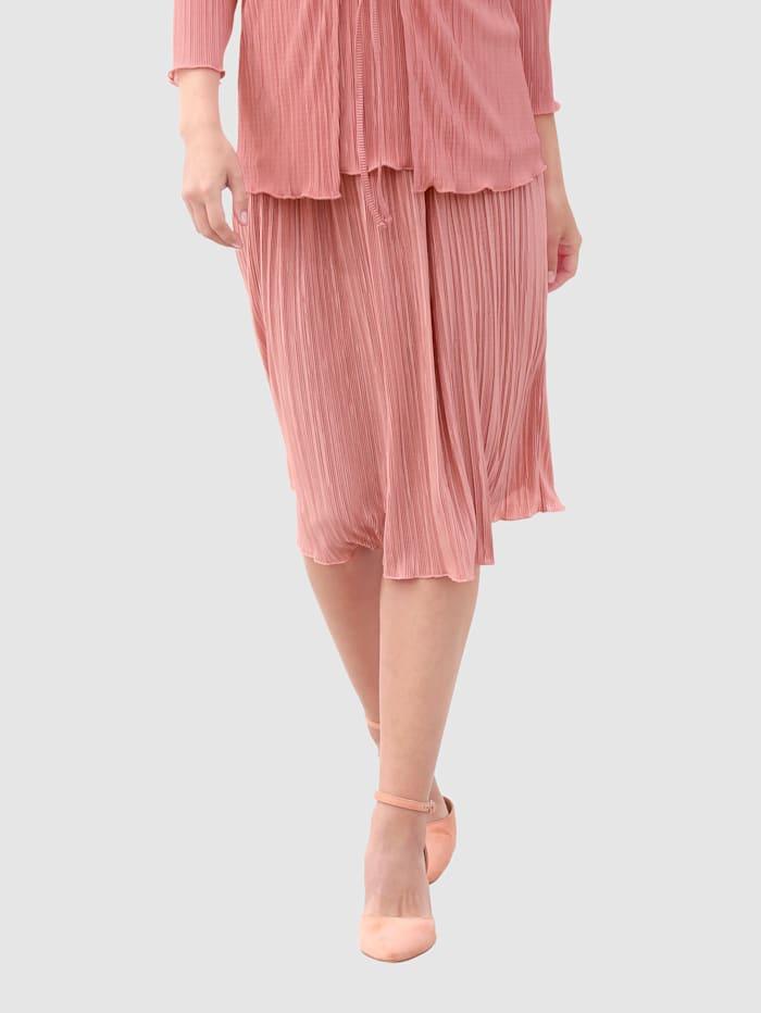 Plisserad kjol med härlig vidd nedtill