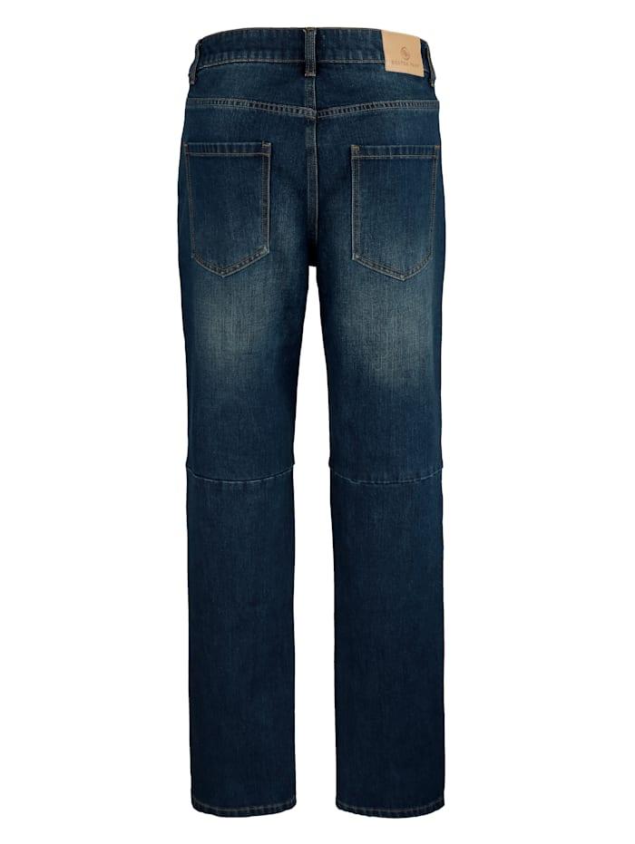 Jeans mit modischen Teilungsnähten