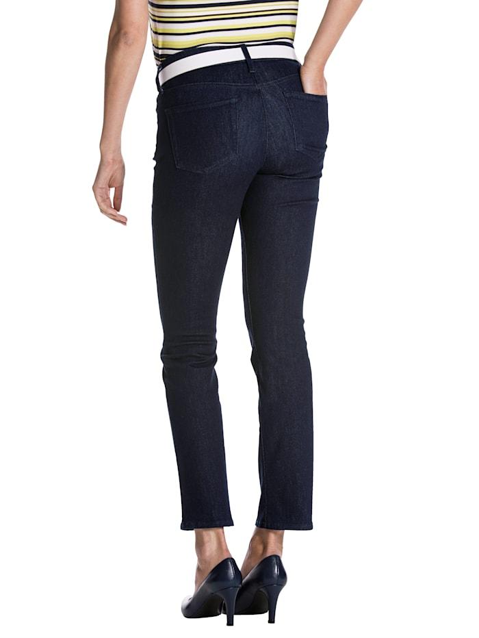 Jeans met LIFT&TUCK technologie