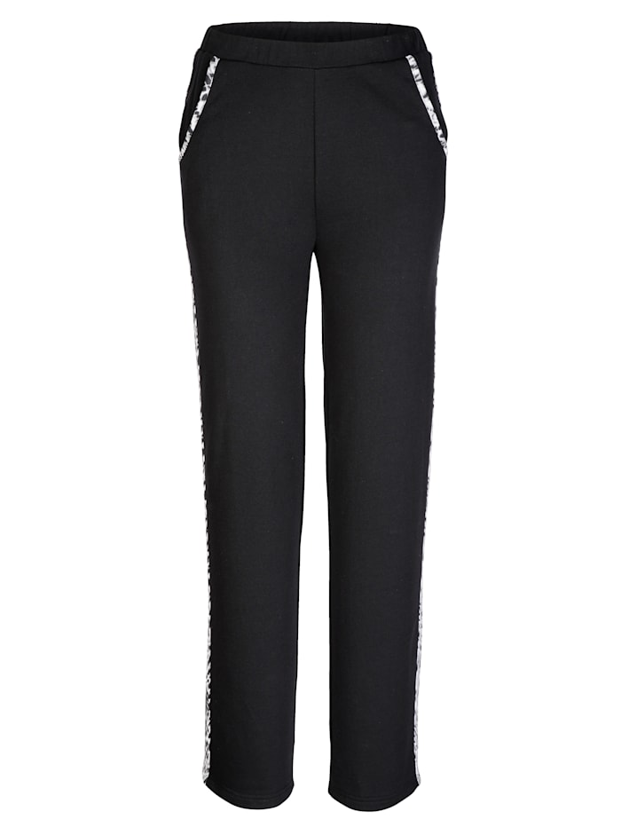 Joggers with contrasting detailing
