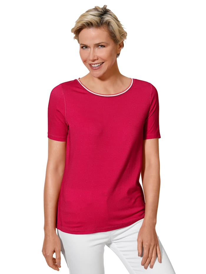 Top made from a soft fabric blend
