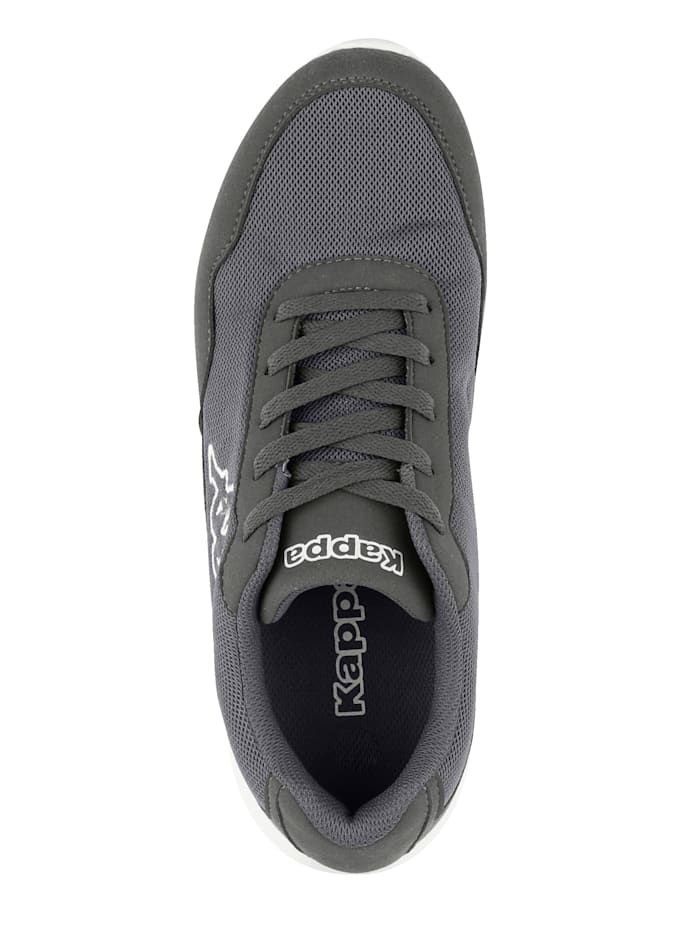 Sneaker in Mesh-Optik