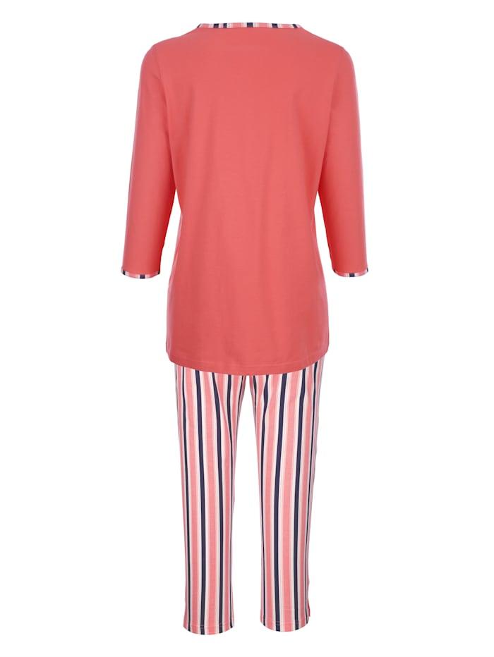 Pyjamas med randiga byxor