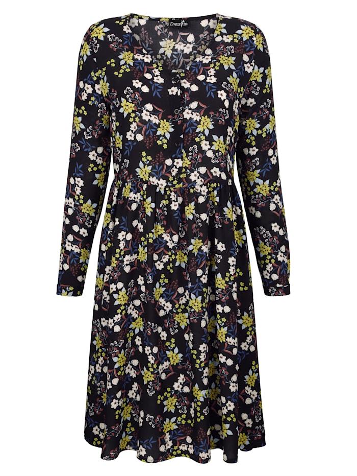 Šaty v peknej kvetinovej potlači