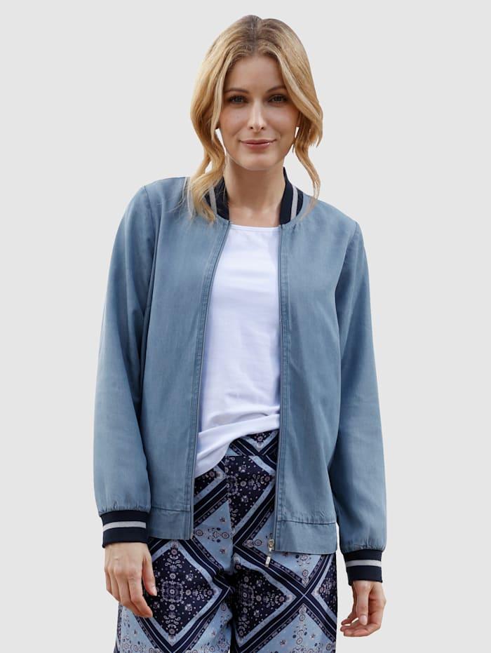 Laura Kent Jasje van licht lyocellmateriaal, Blue bleached