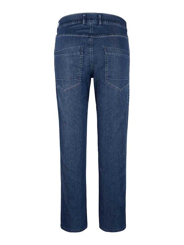 Jeans med kantiga fickor