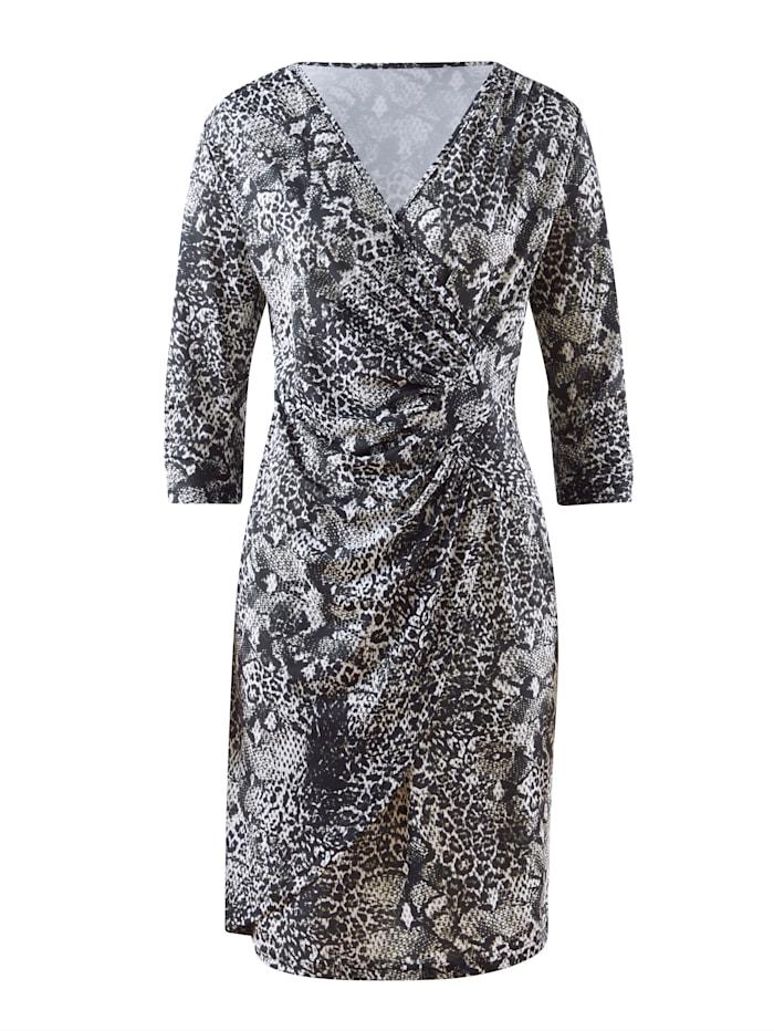 Kleid in femininer Wickeloptik