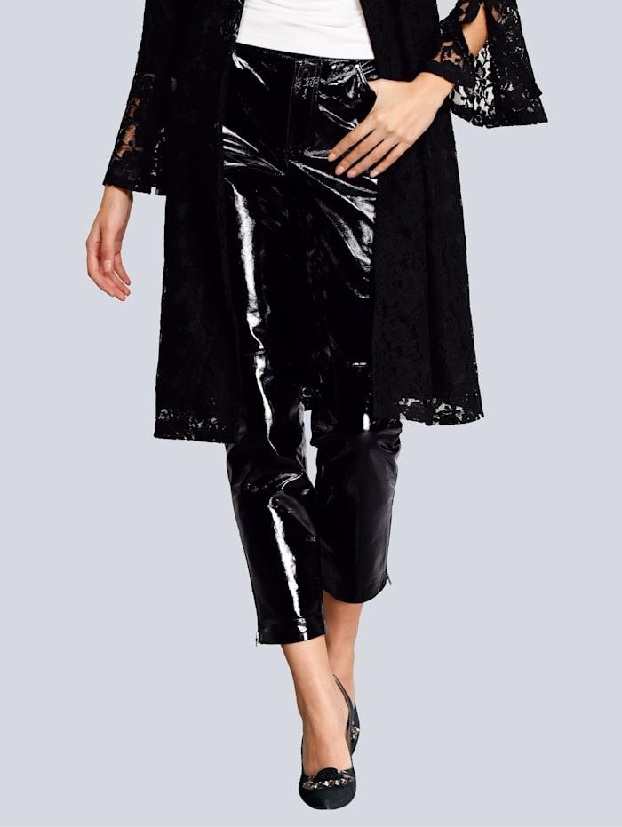 Alba Moda Lack-Lederhose in modischer Form, Schwarz