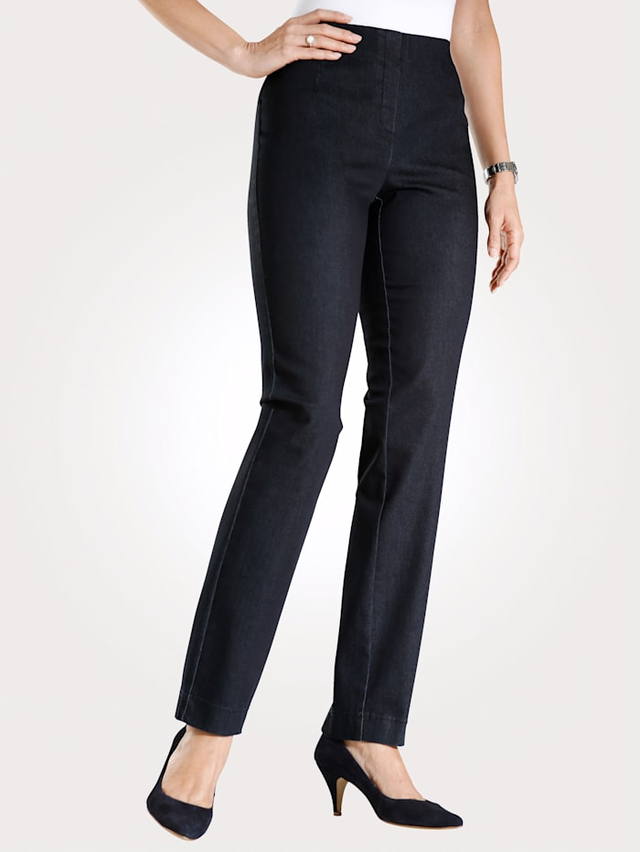 Pull-on trousers made from a comfortable fabric