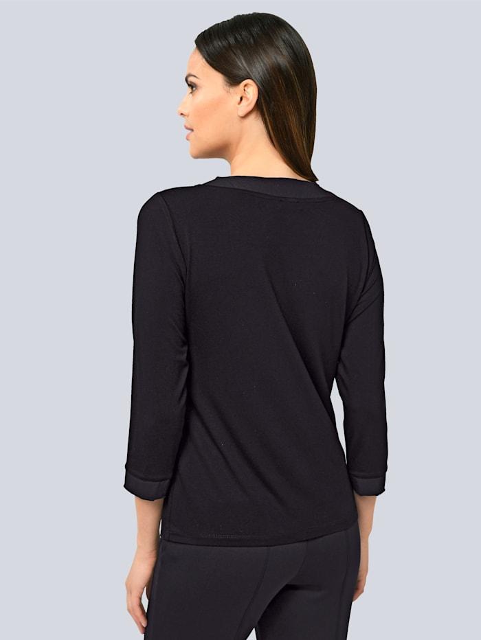 Shirt mit Faltendetail in der vorderen Mitte