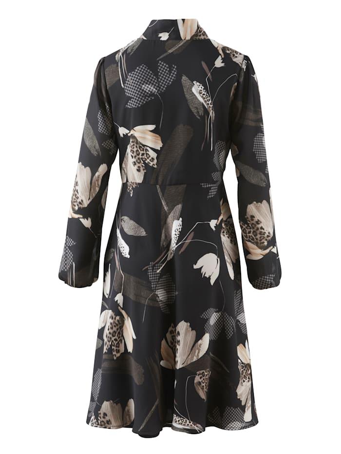Kleid aus fließender Chiffon-Quaität