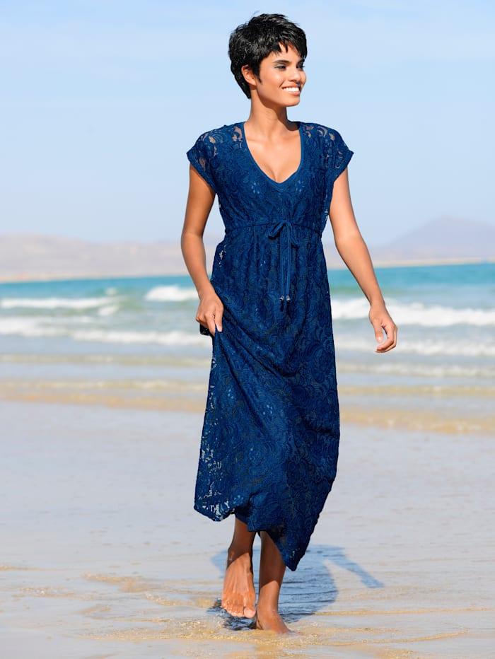 Strandkleid aus Spitze