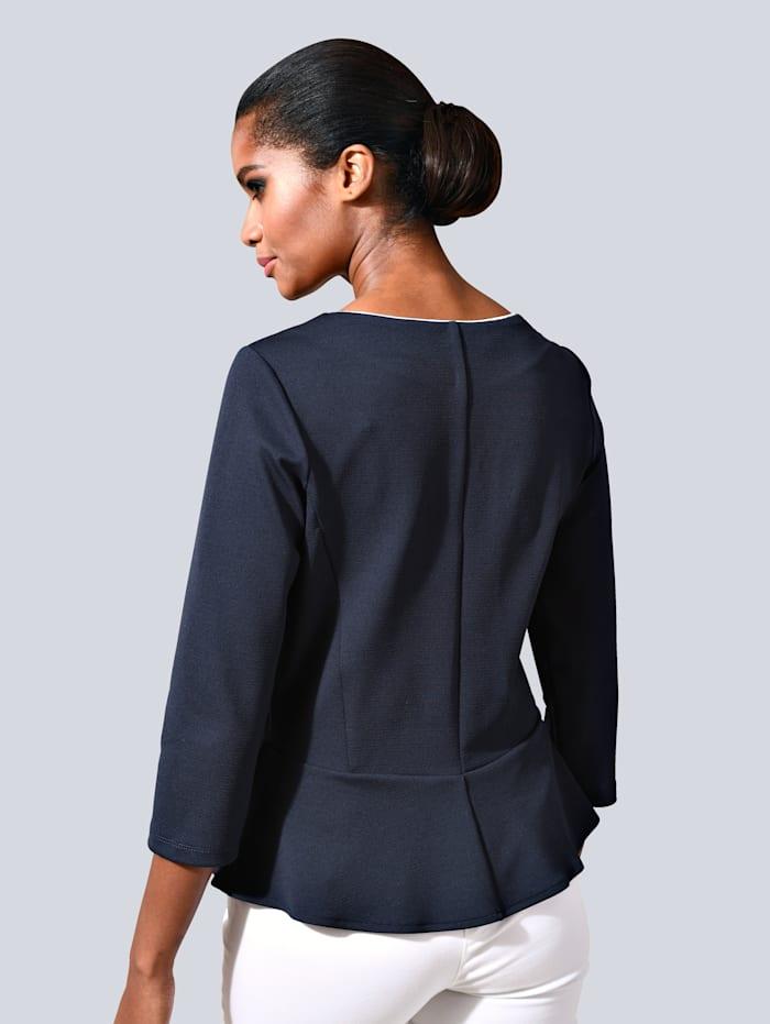 Shirt mit femininem Schößchen am Saum