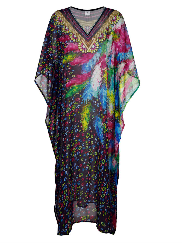 Kaftan with rhinestones along the neckline