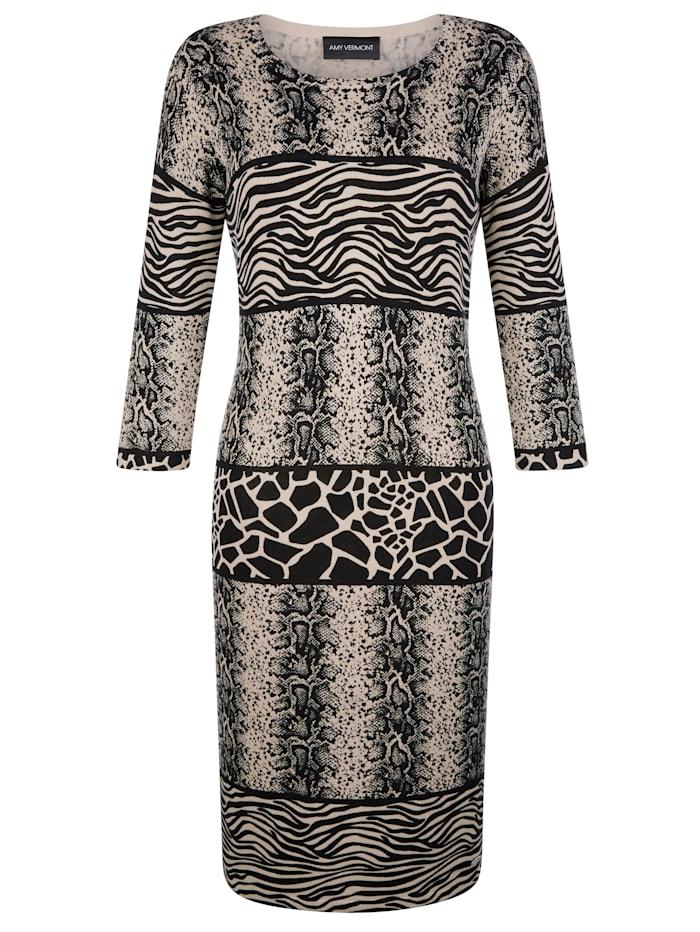 Stickad klänning med mixade vilddjursmönster