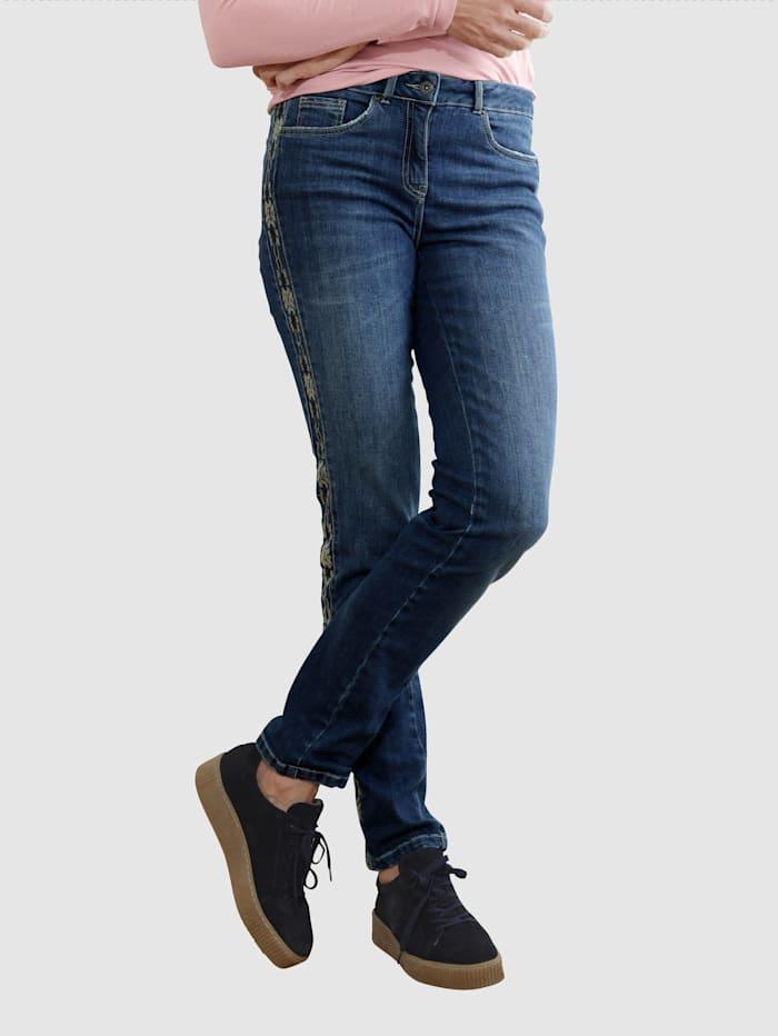 Dress In Jeans met luxueus borduursel langs de zijnaad, Medium blue
