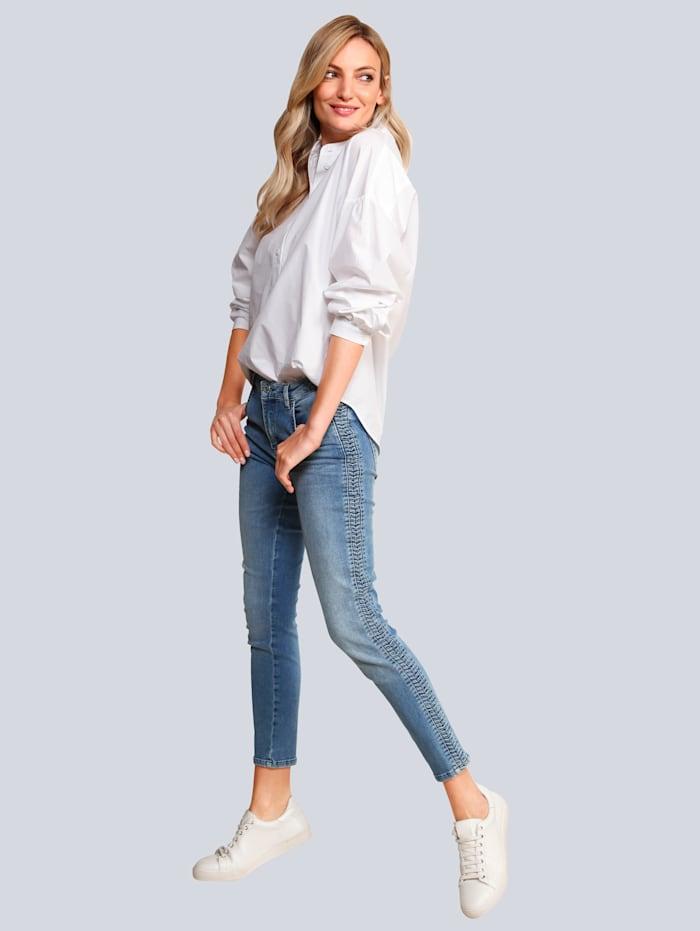 Rosner Jeans mit einem Quetschfaltengalon, Hellblau