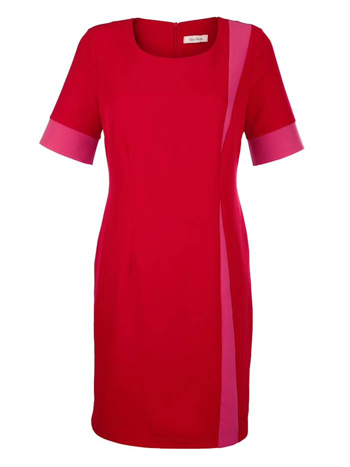 Kleid mit kontrastfarbenen Einsätzen