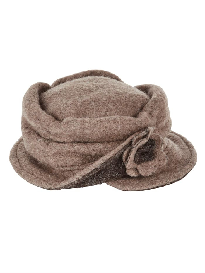 Hat in a warm wool-blend fabric