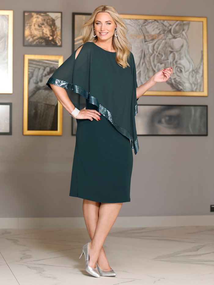 Kleid in figurumspielender 2-in-1 Optik