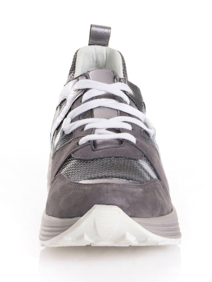 Sneaker mit hohem Tragekomfort
