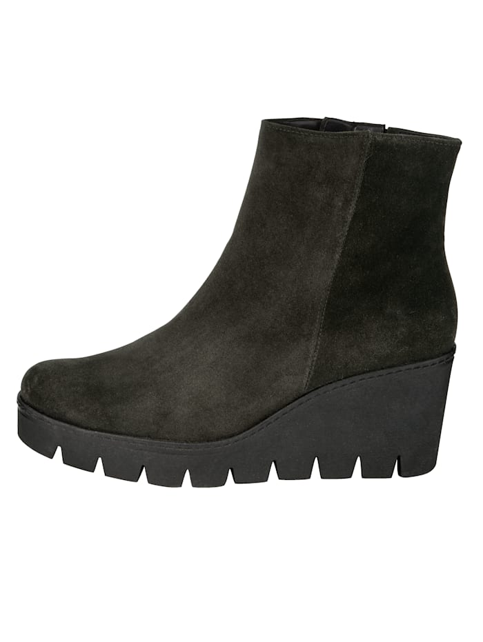 Wedge Heel Ankle Boots with profile and platform sole