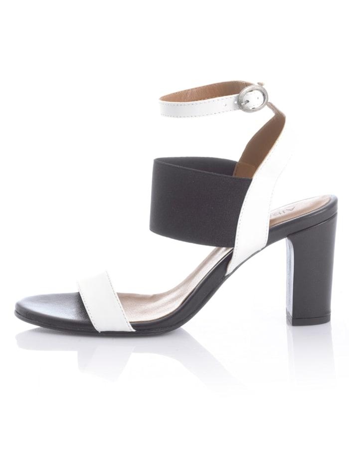Sandaaltje met brede, elastische band