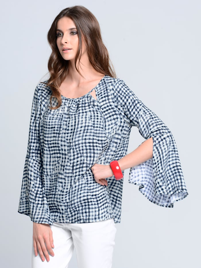 Blouse met trendy cut-outs