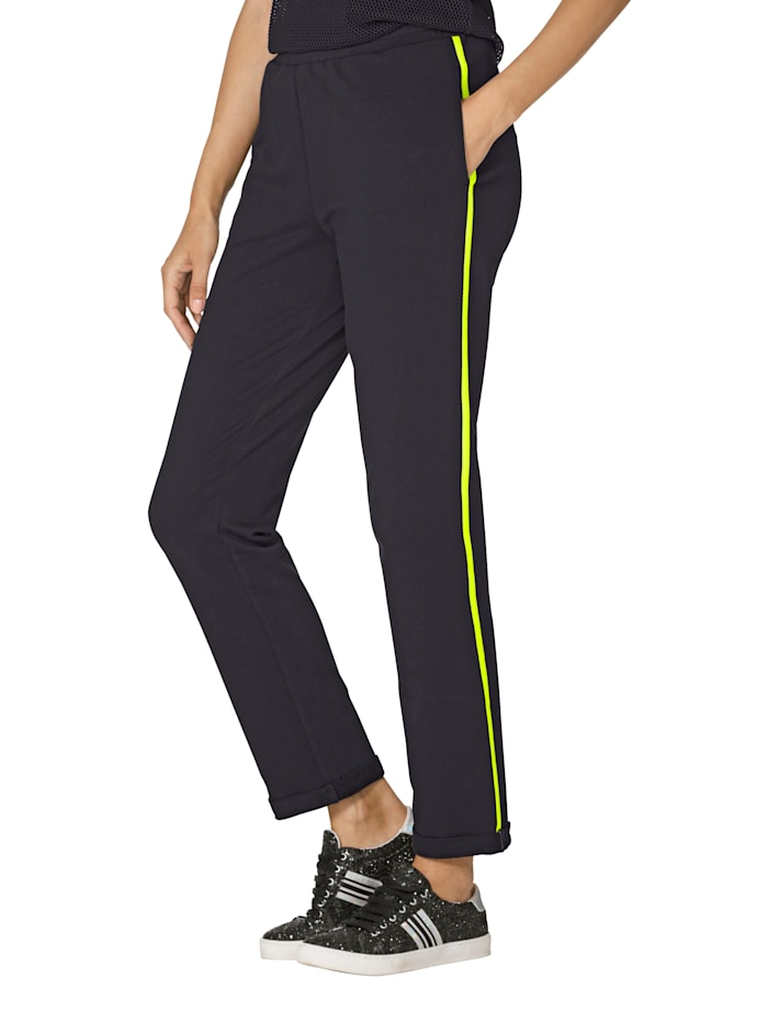 AMY VERMONT Pantalon molletonné à rayures fantaisie contrastantes, Noir/Vert fluo