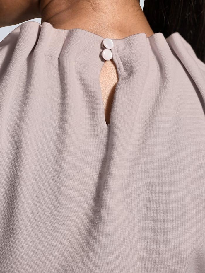 Kleid mit gerafftem Stehkragen
