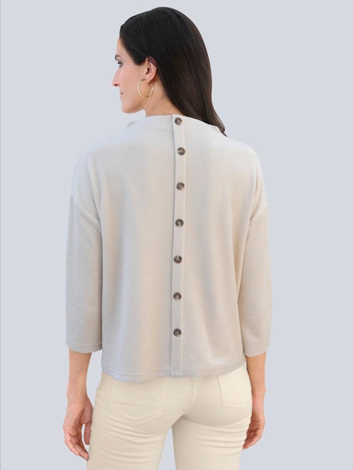 Shirt mit rückwärtiger Knopfleiste