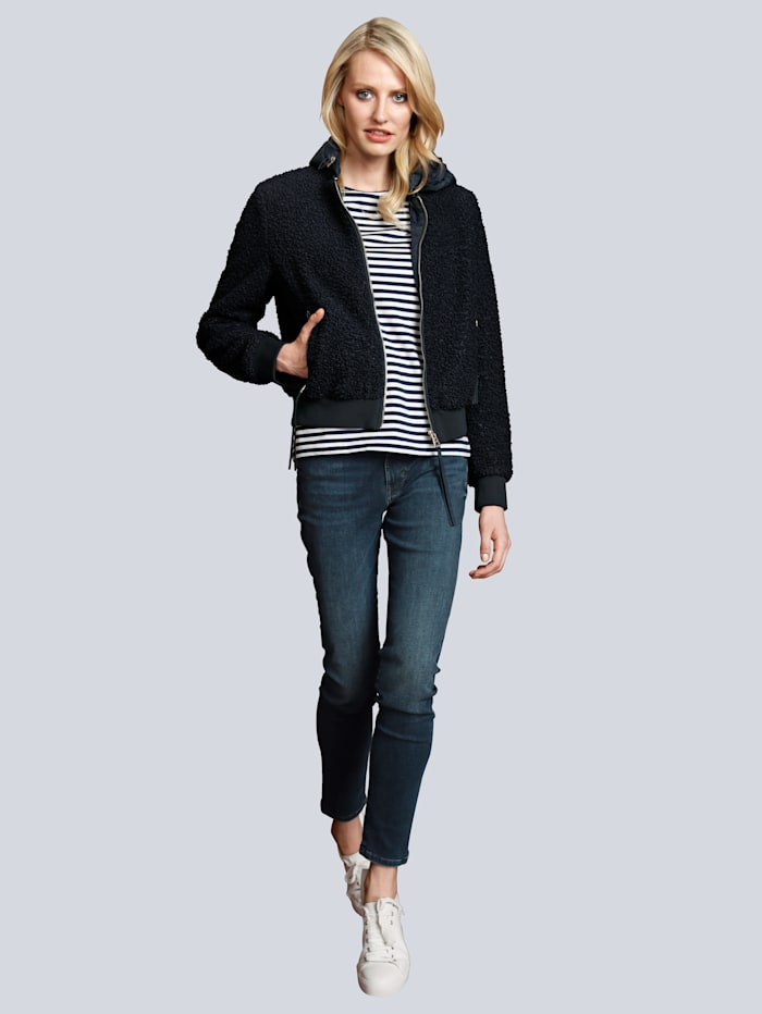 Jeans mit modischen Waschungen