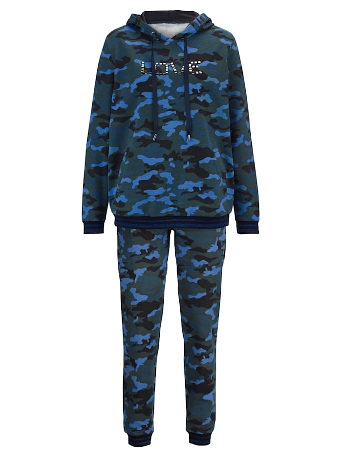 Loungewear Top & Trousers On-trend camouflage look