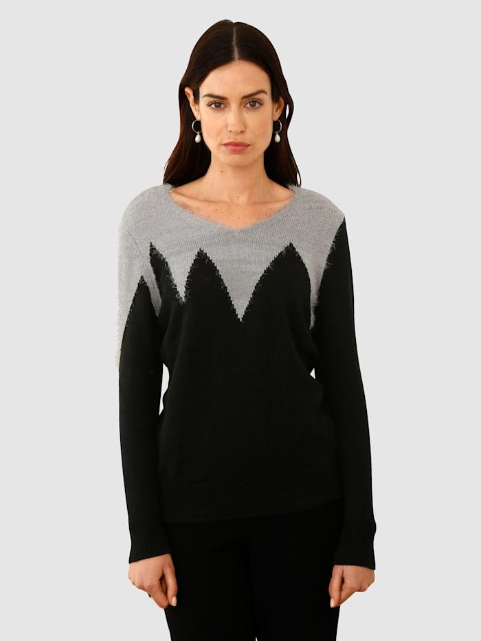 Paola Trui met pluisgaren, Zwart/Zilverkleur