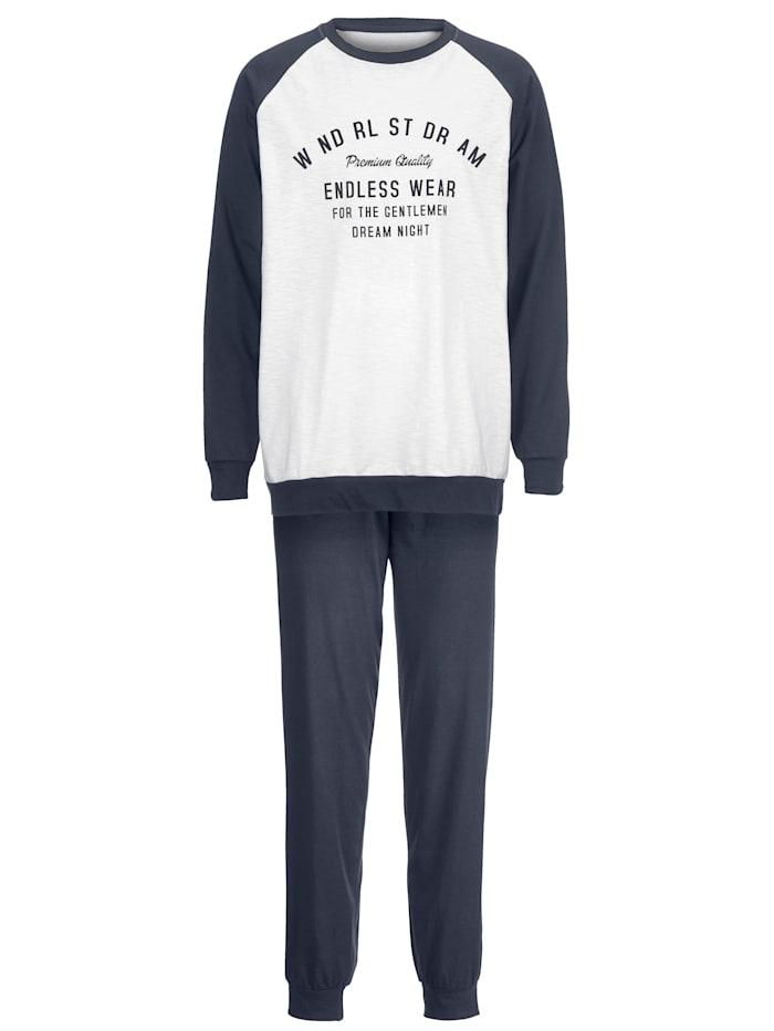 Resorillinen printtipyjama