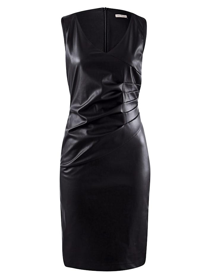 Kleid aus Fake-Leder