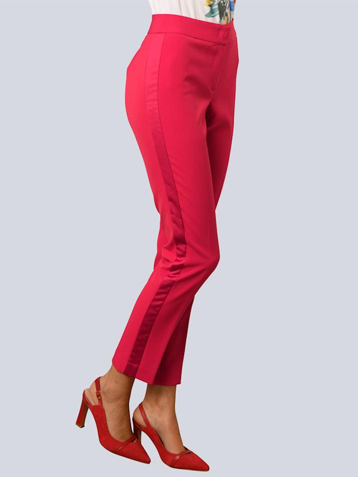 Alba Moda Byxor med glansiga revärer, Röd