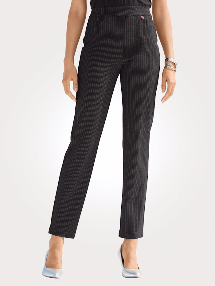 Relaxed by Toni Pull-on trousers with a pinstripe pattern, Black/White