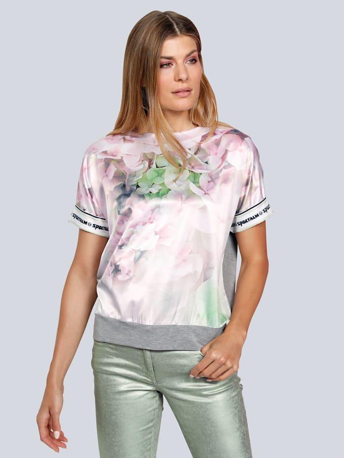 Shirt mit einem tollen Blumendruck