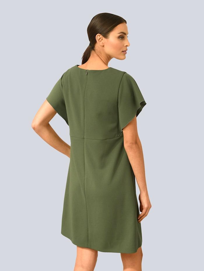 Kleid mit modischen Volantärmeln