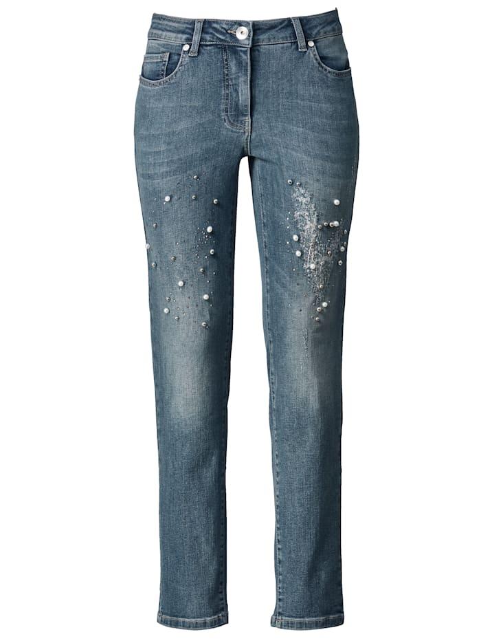 Jeans mit Perlenzier