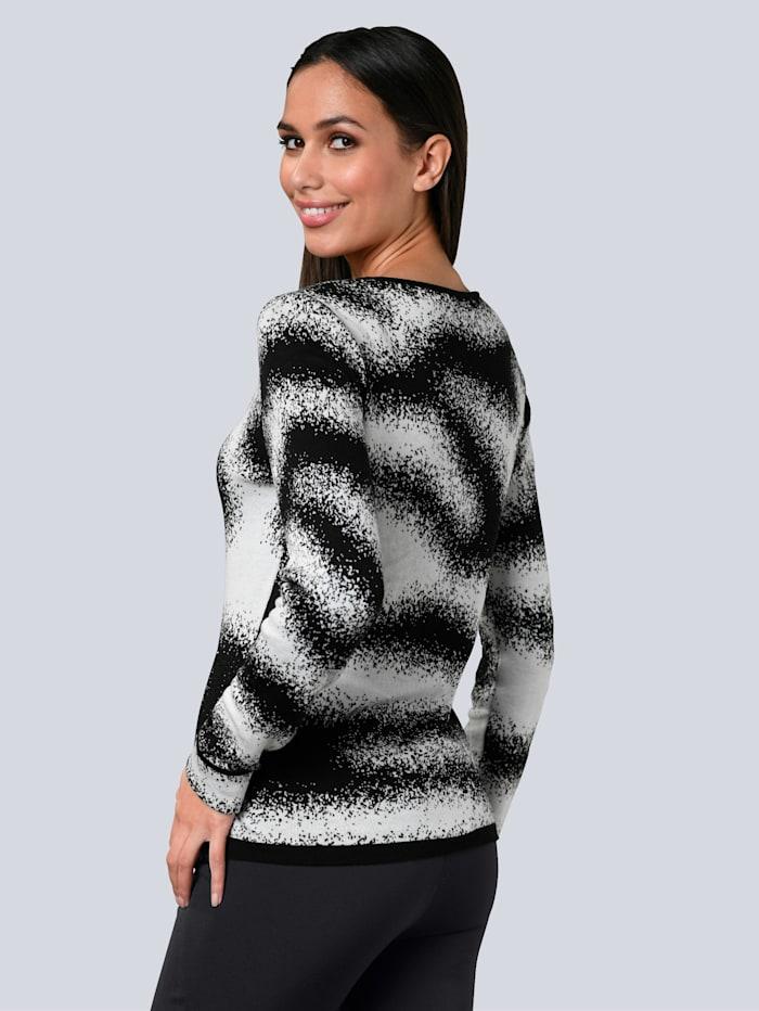 Pullover mit Strass im Vorderteil