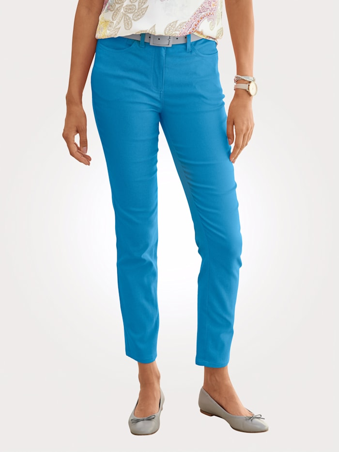 Trousers made from a light cotton blend