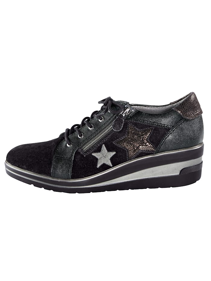 Trainers with star embellishments